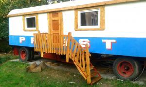 Sanierung Zirkuswagen